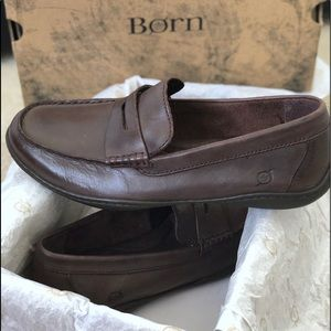 NWT BORN Hand-Crafted Luxurious Leather Shoe